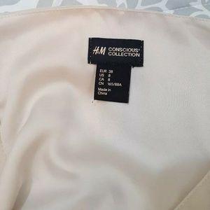 H&M Tops - H&M Womens Peasant Blouse Sz 8 Conscious Collectio